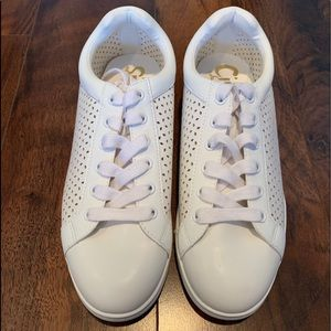 NWOT Circus By Sam Edelman White Sneakers